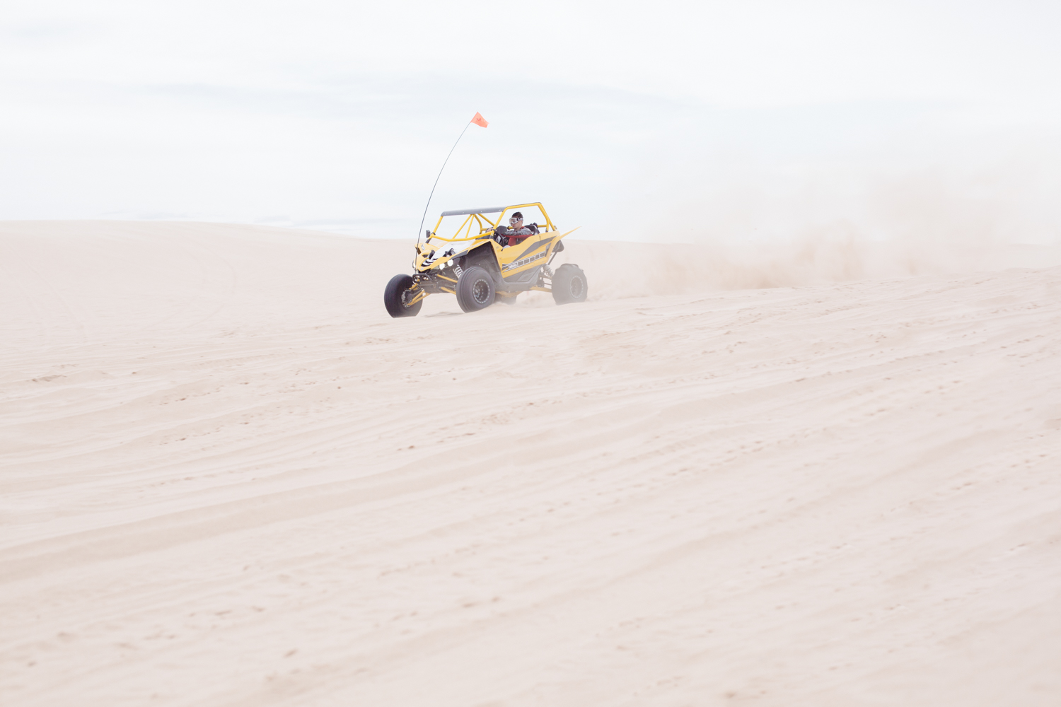 dune-buggy-in-the-sand-dunes